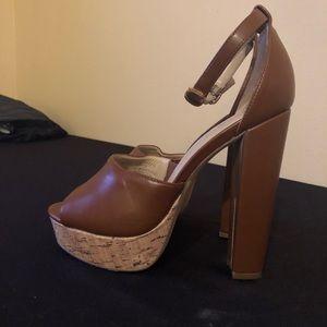 Nicole Miller cork Platform  Heels